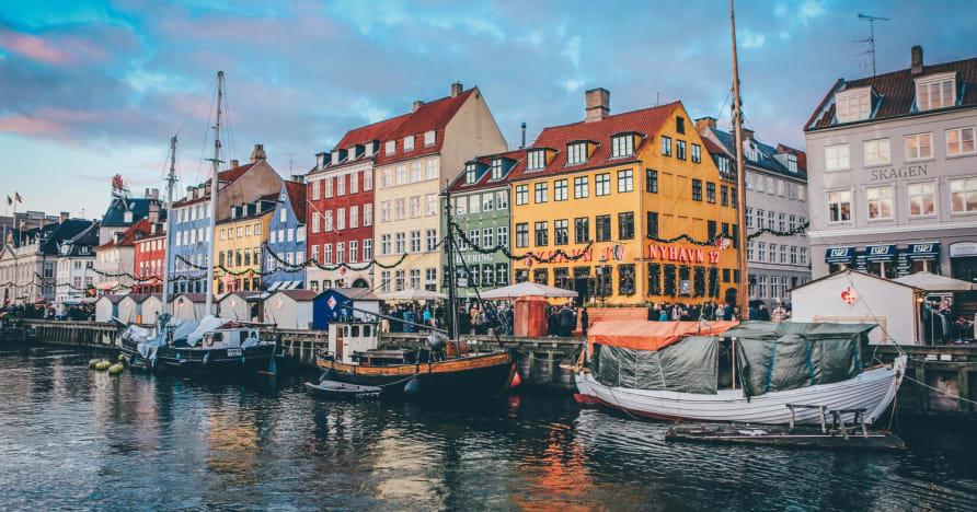 Danska spelplatser förblir stängda fram till 5 april