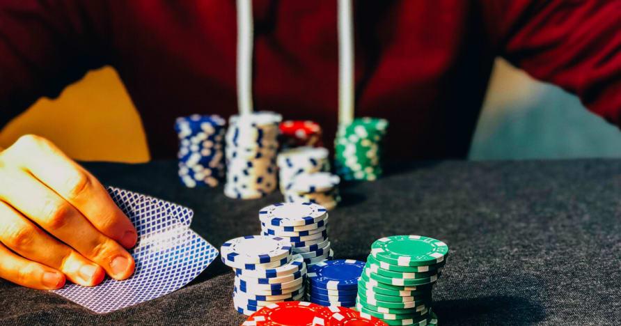 Professionell spel och den kompetens som krävs för att vinna