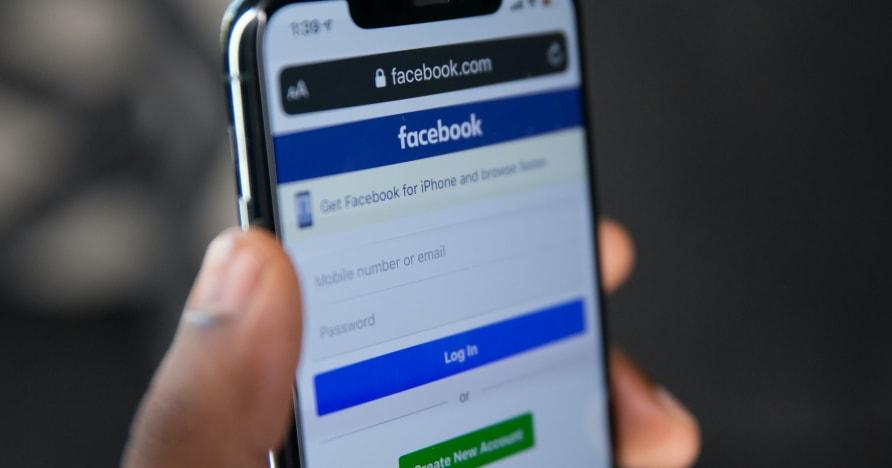 Lista över underhållande Facebook-spel att spela 2021